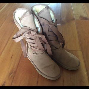UGG tan lace up Sherpa wool suede leather boots